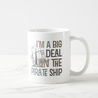 Im un barco pirata de la gran cosa junta con te lo taza