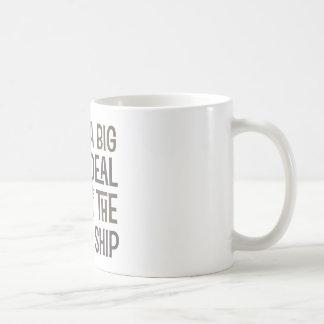 Im un barco pirata de la gran cosa junta con te lo tazas de café