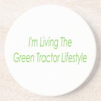 Im viviendo la forma de vida verde del tractor posavaso para bebida