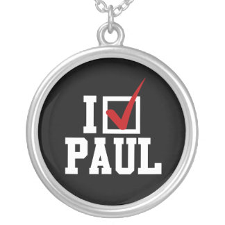 I'M VOTING FOR RON PAUL (white) Round Pendant Necklace