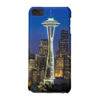 Image of Seattle Skyline in morning hours. iPod Touch (5th Generation) Cover