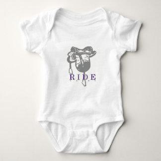 imageedit_8_3728655800.gif baby bodysuit