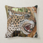 Imagen animal de la cabeza del jaguar del carrusel almohada