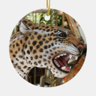 Imagen animal de la cabeza del jaguar del carrusel ornato