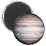 Imagen AUMENTADA de la NASA del flyby de Júpiter C Imanes Para Frigoríficos