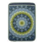 Imagen azul 3 de la mandala del Hydrangea Fundas Macbook Air