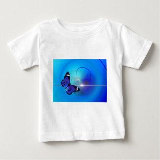 Imagen azul de la mariposa t shirt