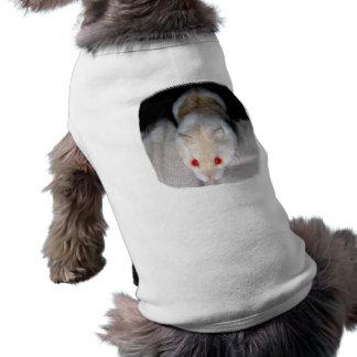 Imagen blanca y rubia del hámster del albino playera sin mangas para perro