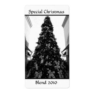 Imagen blanco y negro del árbol de navidad etiqueta de envío