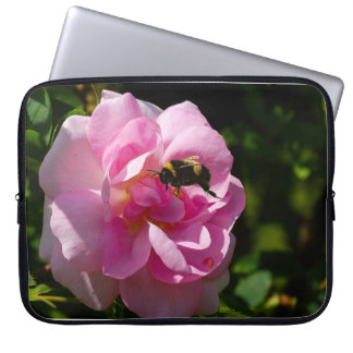 Imagen color de rosa de la flor para la funda portátil