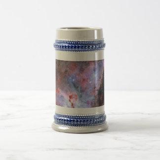 Imagen compuesta del color de la nebulosa de Carin Jarra De Cerveza