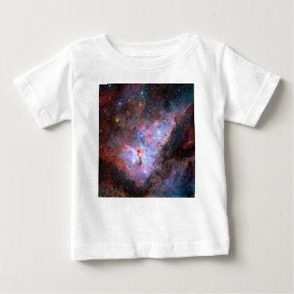 Imagen compuesta del color de la nebulosa de playera de bebé