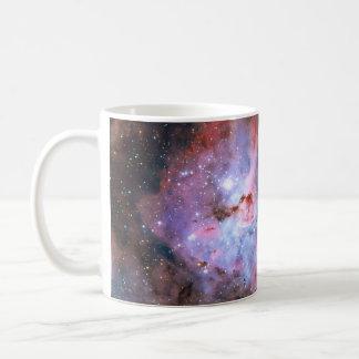 Imagen compuesta del color de la nebulosa de taza