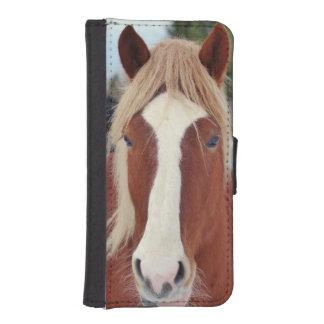 Imagen de caballos - un caballo con la melena fundas billetera de iPhone 5
