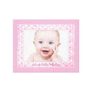 Imagen de encargo de la foto de la niña del lunar  impresión en lona estirada