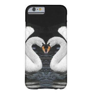 Imagen de espejo blanca de los cisnes mudos funda de iPhone 6 barely there