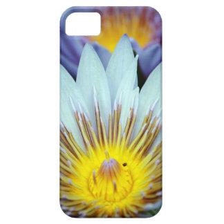 Imagen de la flor del lirio de Dave Lee del caso iPhone 5 Funda