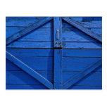 Imagen de la puerta de madera azul tarjetas postales