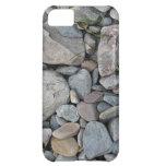 Imagen de piedras en una playa