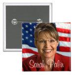 Imagen de Sarah Palin con la bandera que agita Pin