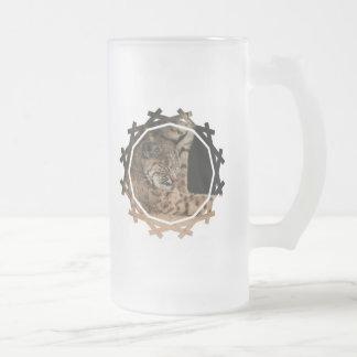 Imagen de una taza de cerveza helada lince
