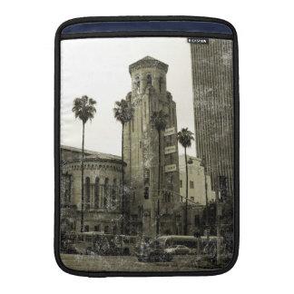 Imagen de Vingate de la torre de iglesia Fundas MacBook