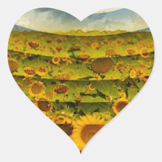 Imagen del campo del girasol pegatina en forma de corazón