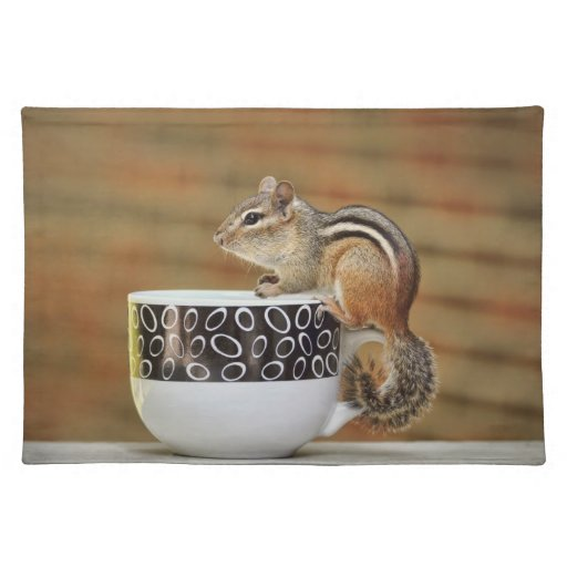 Imagen del Chipmunk con la taza de café de Latte Manteles