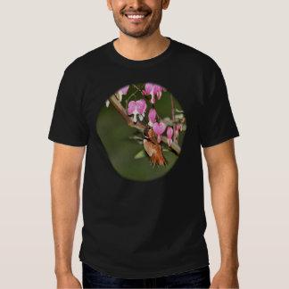Imagen del colibrí y de las flores polera