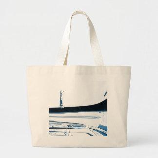 Imagen del cuerno bajo de la tuba en blanco bolsas