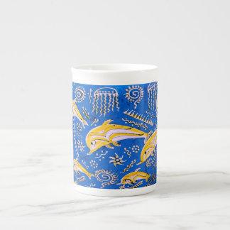 Imagen del delfín para la taza de la porcelana de taza de porcelana