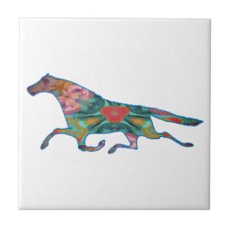 imagen del diseño del caballo del caleidoscopio tejas  ceramicas