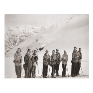 Imagen del esquí del vintage, excursión del esquí postal