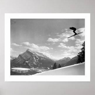 Imagen del esquí del vintage, raza final para el f póster