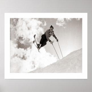 Imagen del esquí del vintage, trucos en los esquís póster