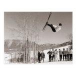 Imagen del esquí del vintage, trucos en los esquís tarjetas postales