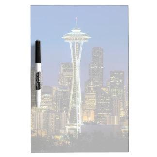 Imagen del horizonte de Seattle en horas de mañana Pizarra