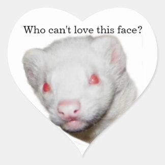 Imagen del hurón del albino calcomania corazon