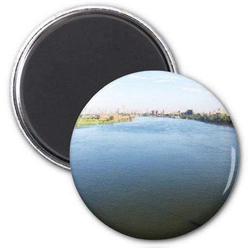Imagen del río Nilo en El Cairo, Egipto Imán
