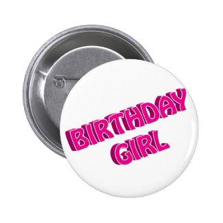 Imagen del texto del rosa del chica del cumpleaños pin redondo de 2 pulgadas