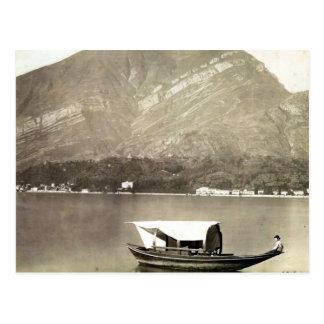 Imagen del vintage del lago Como barco tradiciona Tarjetas Postales