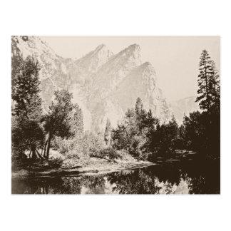 Imagen del vintage del parque nacional de Yosemite Tarjetas Postales