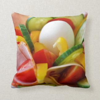 Imagen deliciosa de la comida de la ensalada de la almohadas