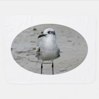 imagen derecha del pájaro del nivel del ojo de la  mantas de bebé