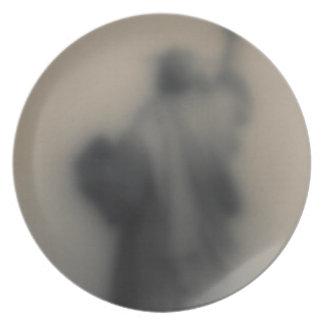 Imagen difundida de la estatua de la libertad plato de cena