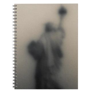 Imagen difundida de la estatua de la libertad spiral notebooks