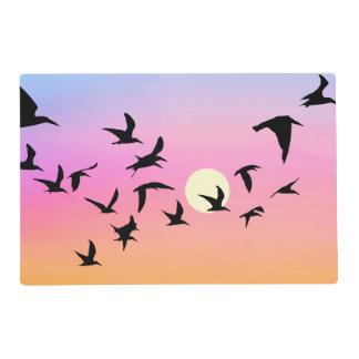 Imagen escénica de la puesta del sol salvamanteles