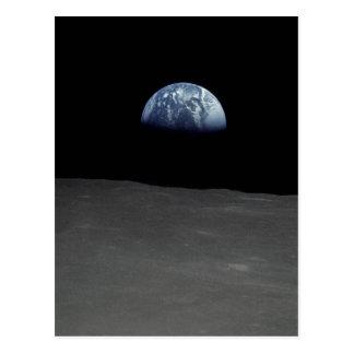Imagen famosa de Earthrise de la luna Tarjetas Postales