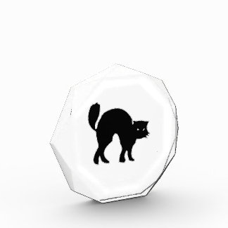 Imagen fantasmagórica del gato negro