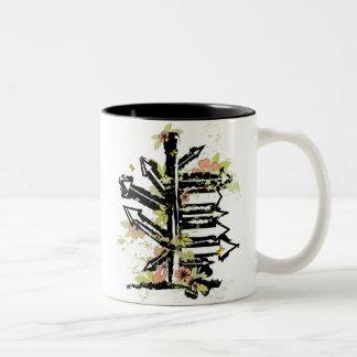 imagen floral de las flechas del grunge tazas de café